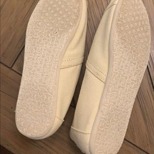 Ivory classic toms 7.5